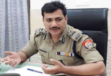 Kanpur IG pays fine for not wearing mask, sets example